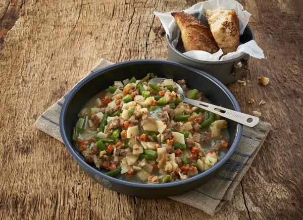 Trek'n Eat Hauptgericht Deftiger Kartoffeleintopf mit Rind und Bohnen
